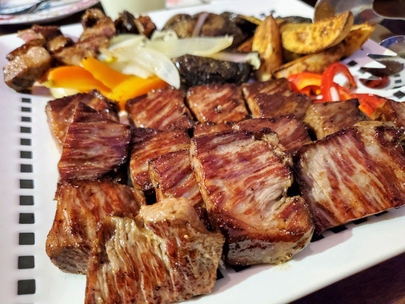TP dining&cafe tinoお肉料理
